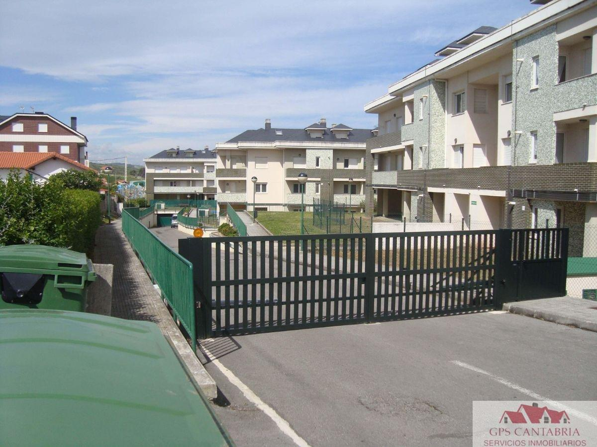 For sale of garage in Suances