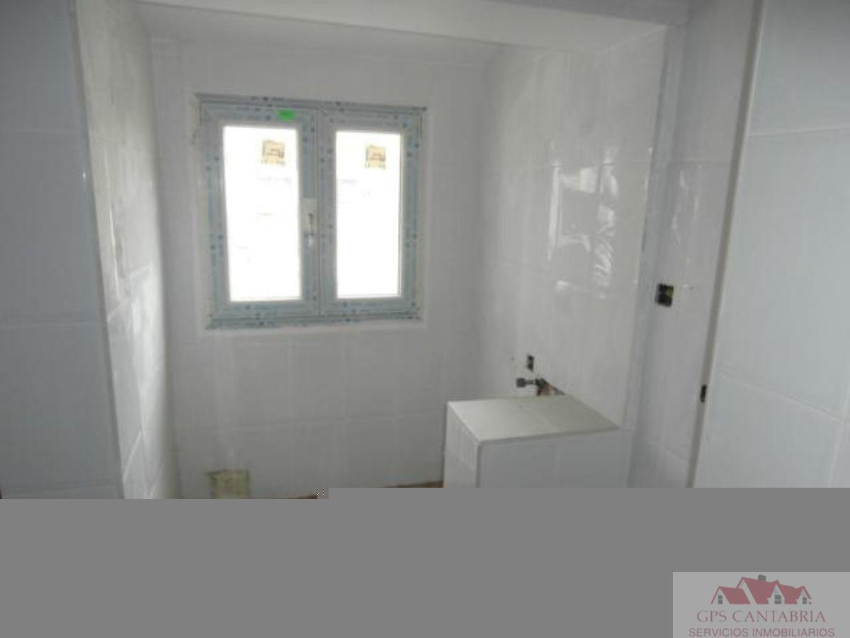 For sale of penthouse in Torrelavega