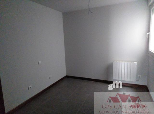 For sale of flat in Arredondo
