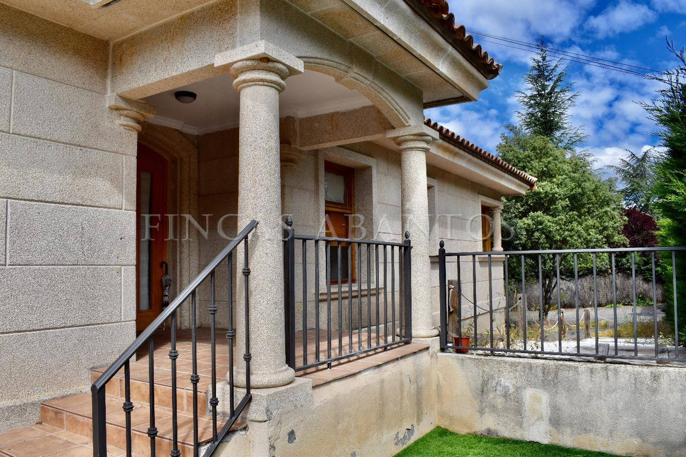 For sale of chalet in El Escorial