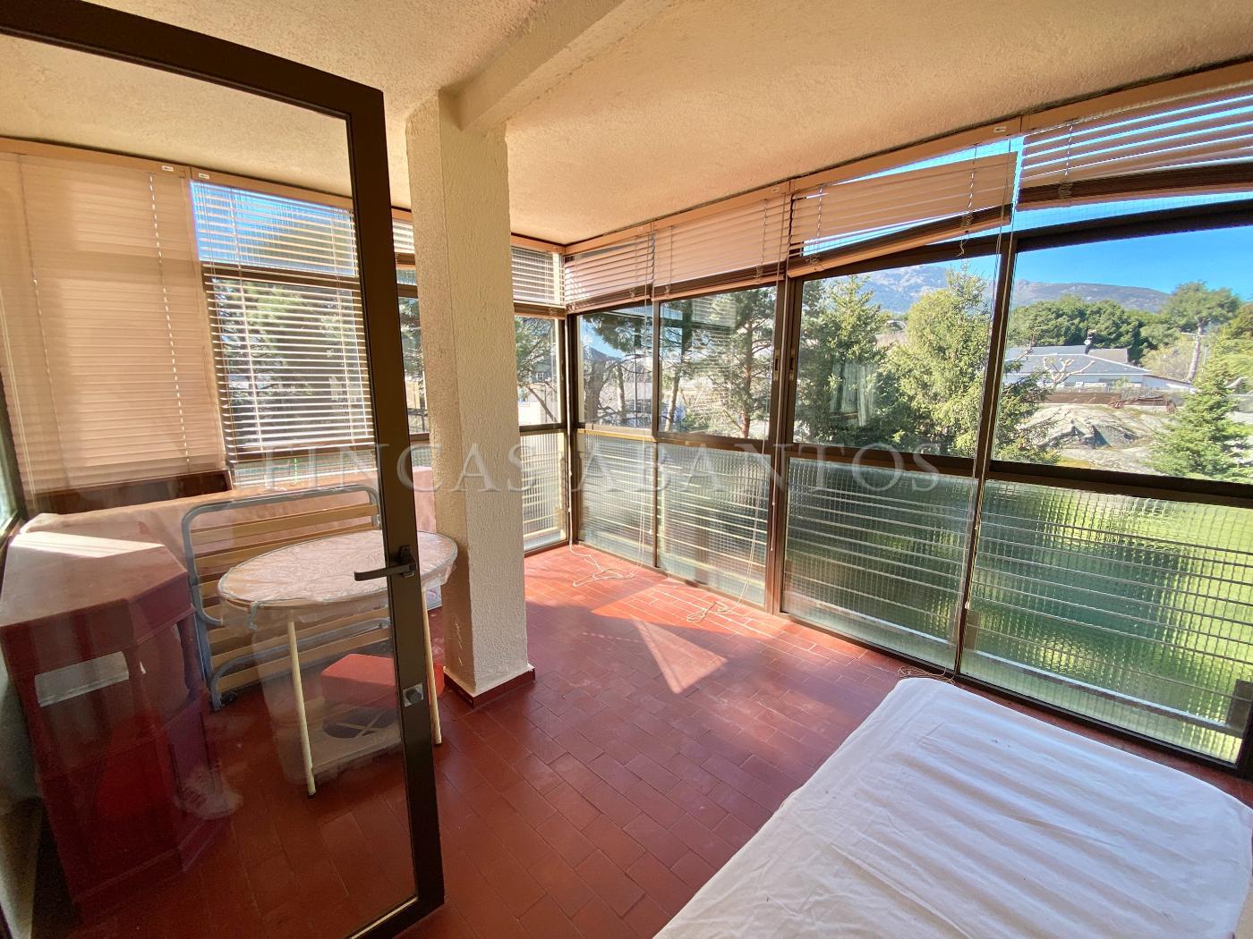 For sale of flat in El Escorial