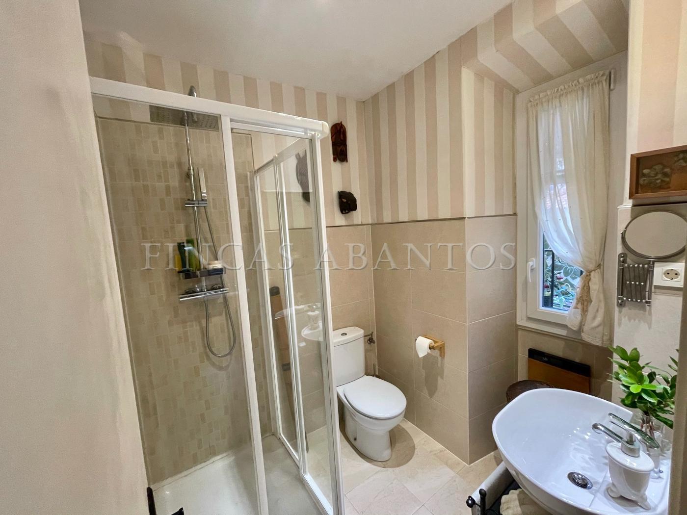 For sale of flat in San Lorenzo de El Escorial
