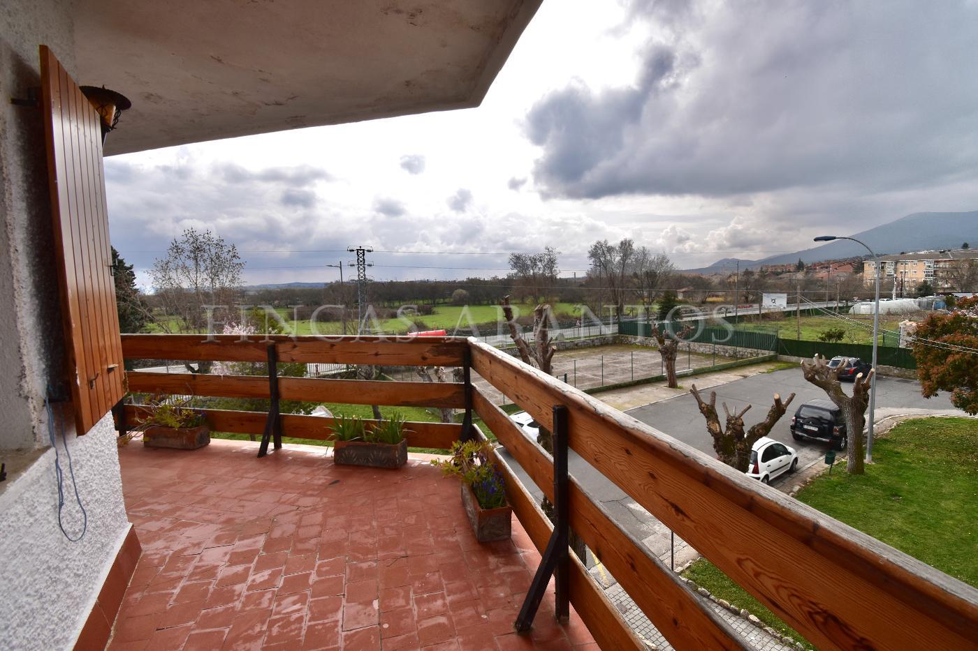 For sale of flat in Guadarrama