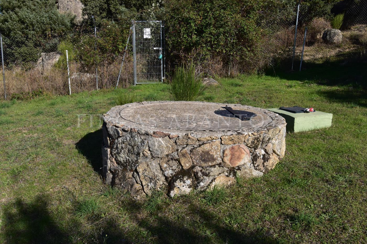 Venta de finca rústica en Fresnedilla de la Oliva