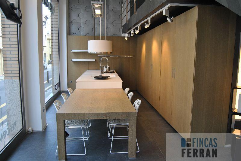 For sale of commercial in El Vendrell