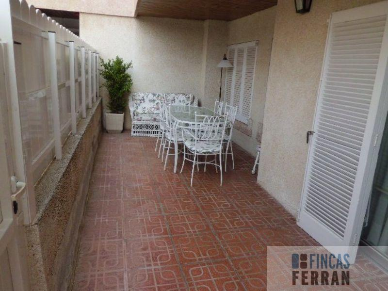 For sale of ground floor in Coma - Ruga