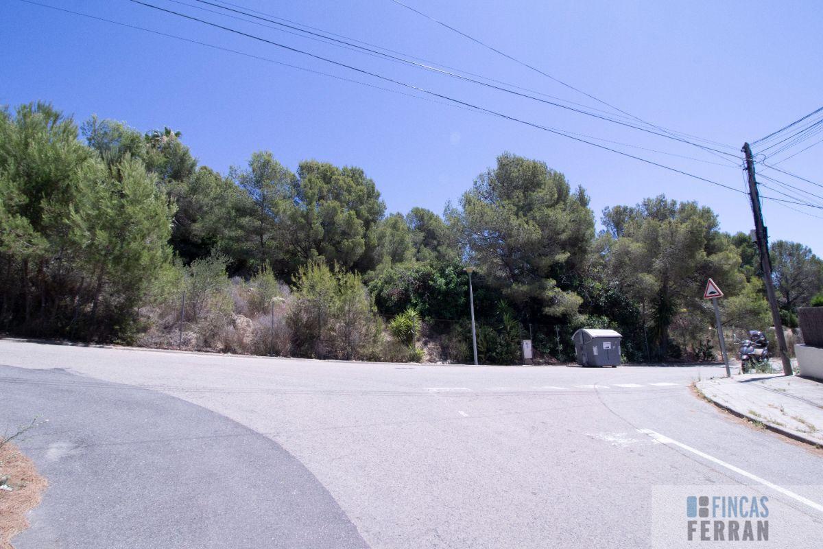 Vente de terrain dans Coma - Ruga