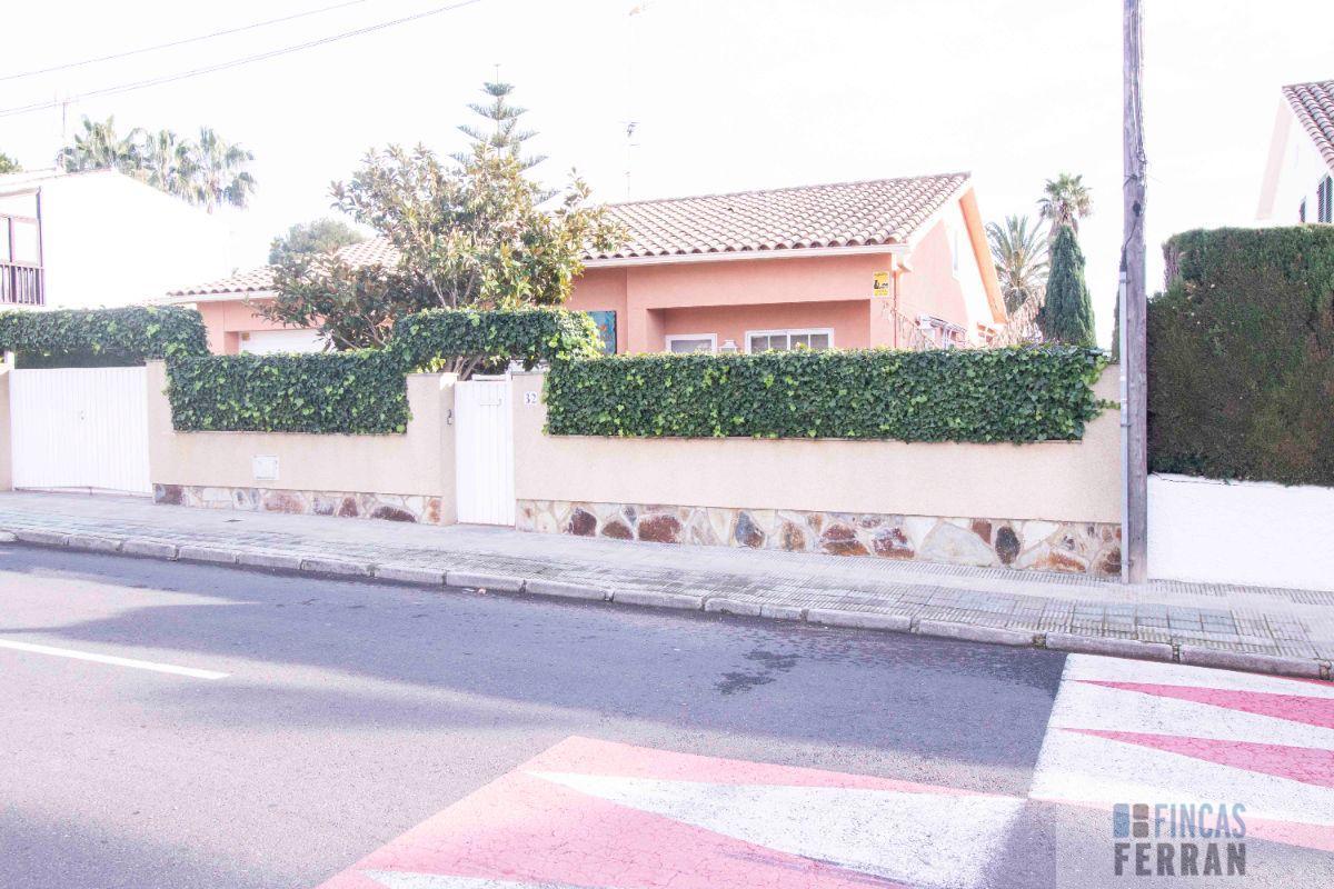 Venta de casa en Roda de Barà