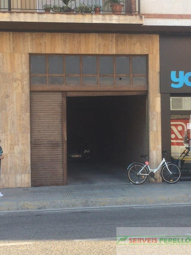 For rent of commercial in Mollerussa