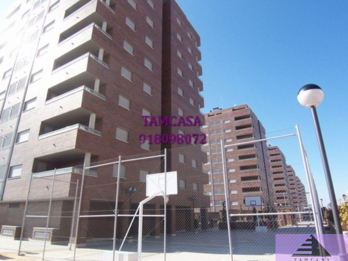 For sale of flat in Seseña