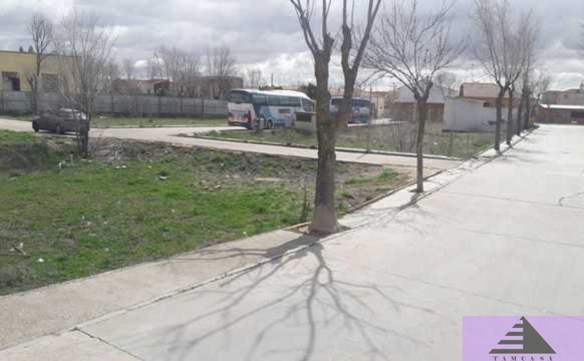 For sale of land in Dosbarrios