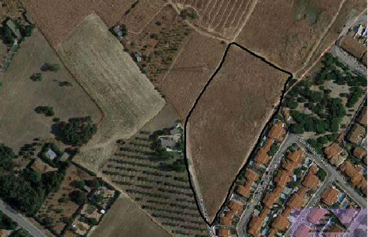 Venta de terreno en Ugena