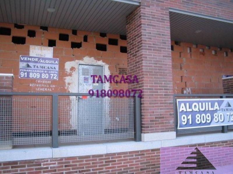For rent of commercial in Seseña