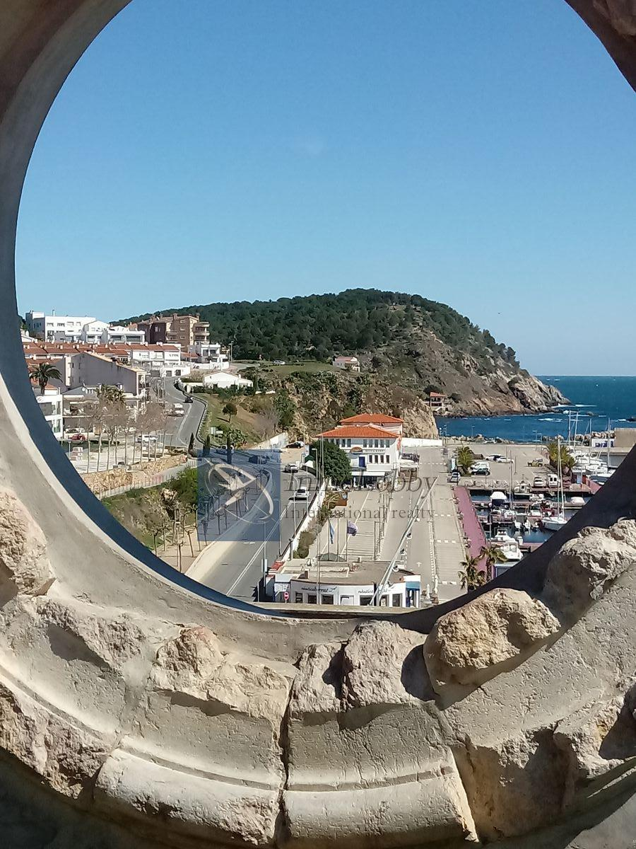 For sale of apartment in Palamós