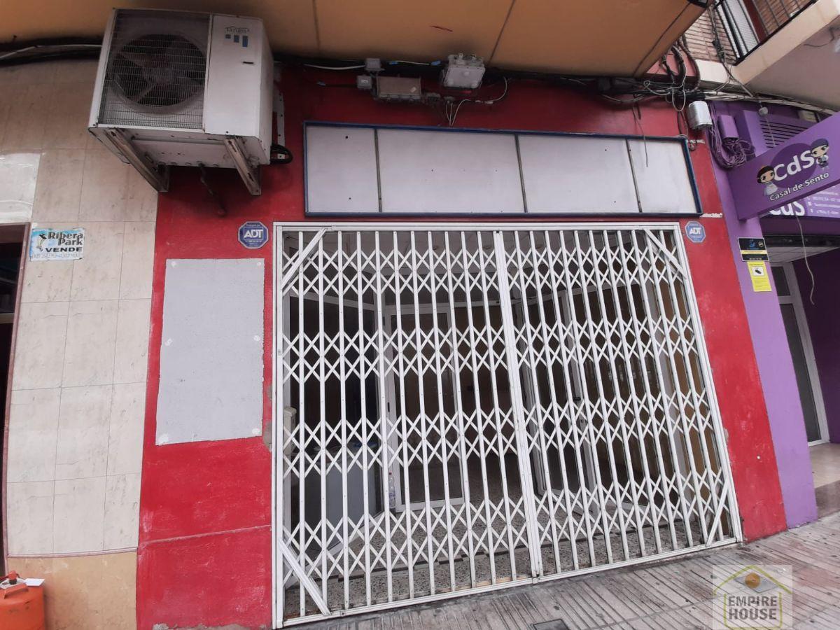 Venta de local comercial en Alzira