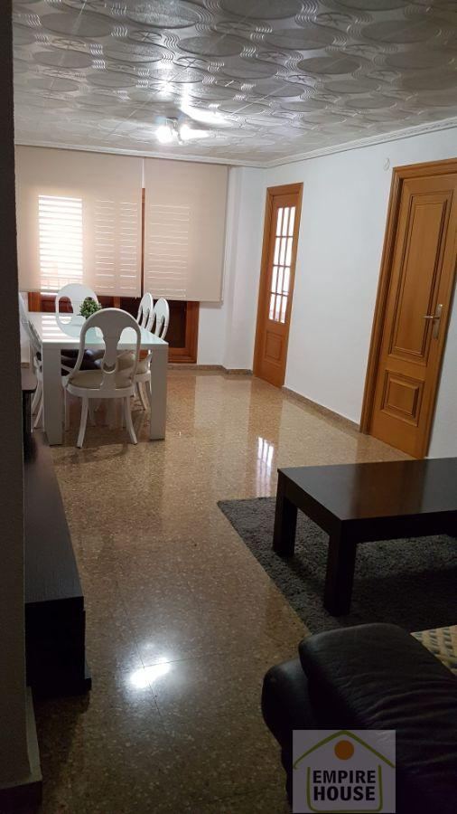 For sale of flat in Manises
