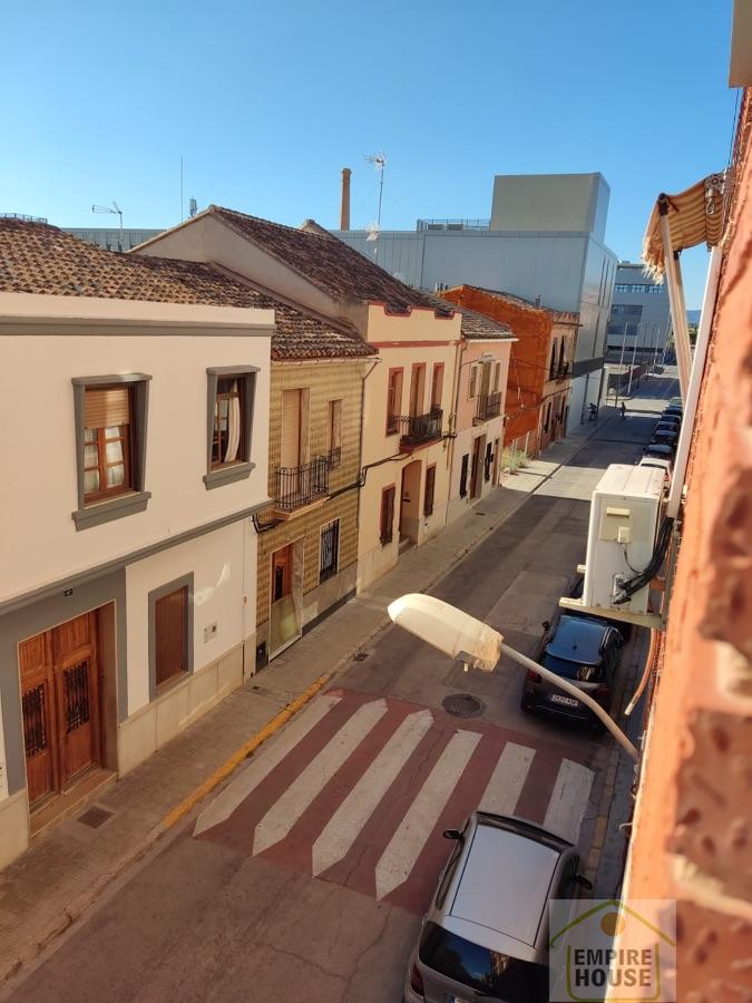 For rent of room in Valencia