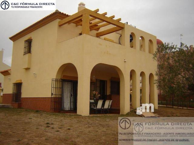 For sale of chalet in Ayamonte