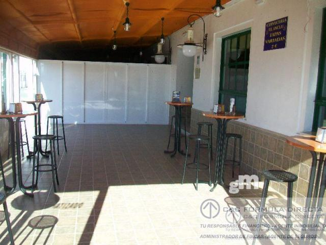 For sale of commercial in Lepe