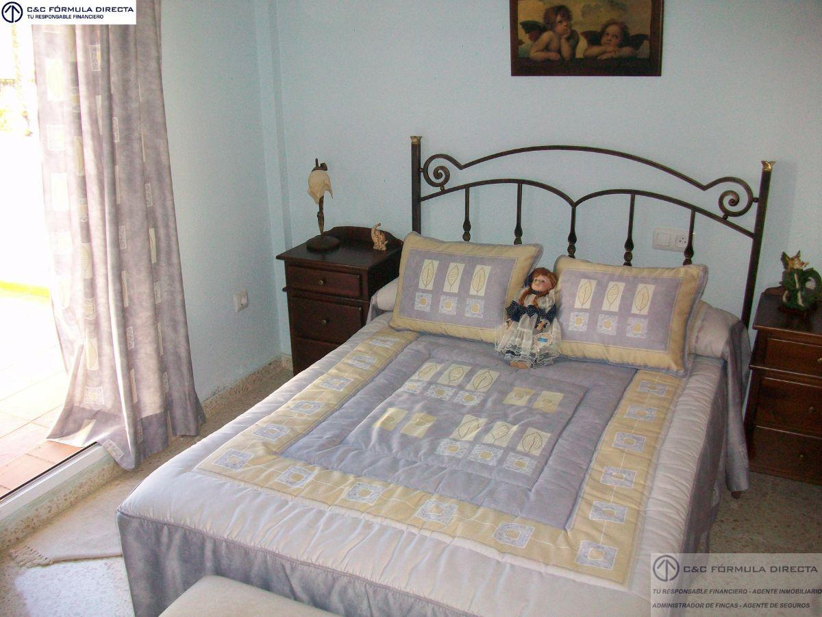 For sale of chalet in Cartaya