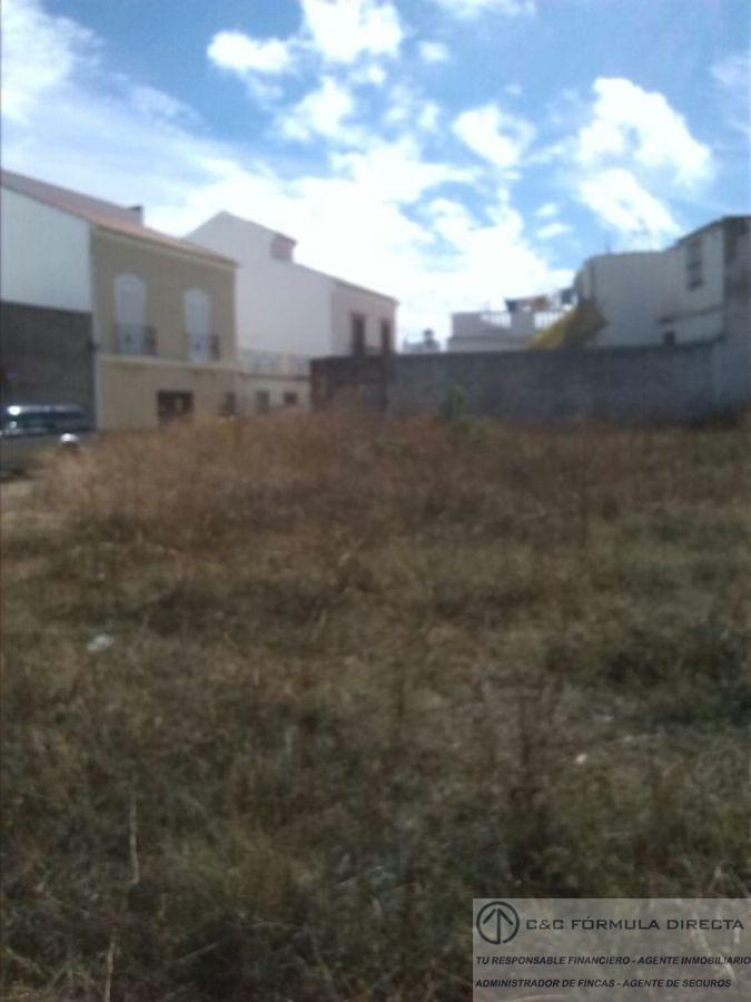 For sale of land in Lepe