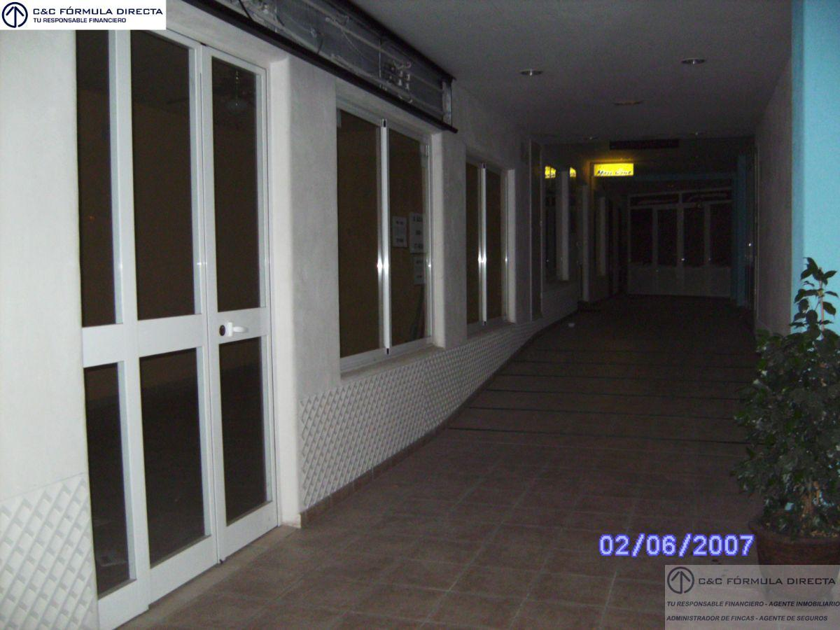 Venta de local comercial en Lepe