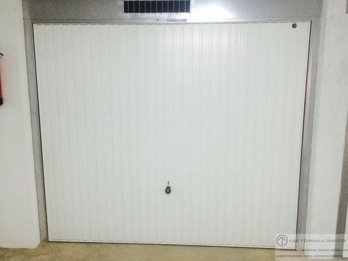 For sale of garage in Lepe