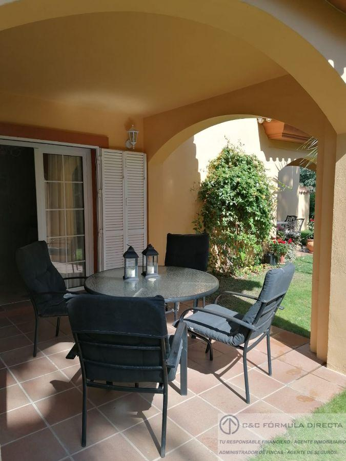 For rent of house in Islantilla