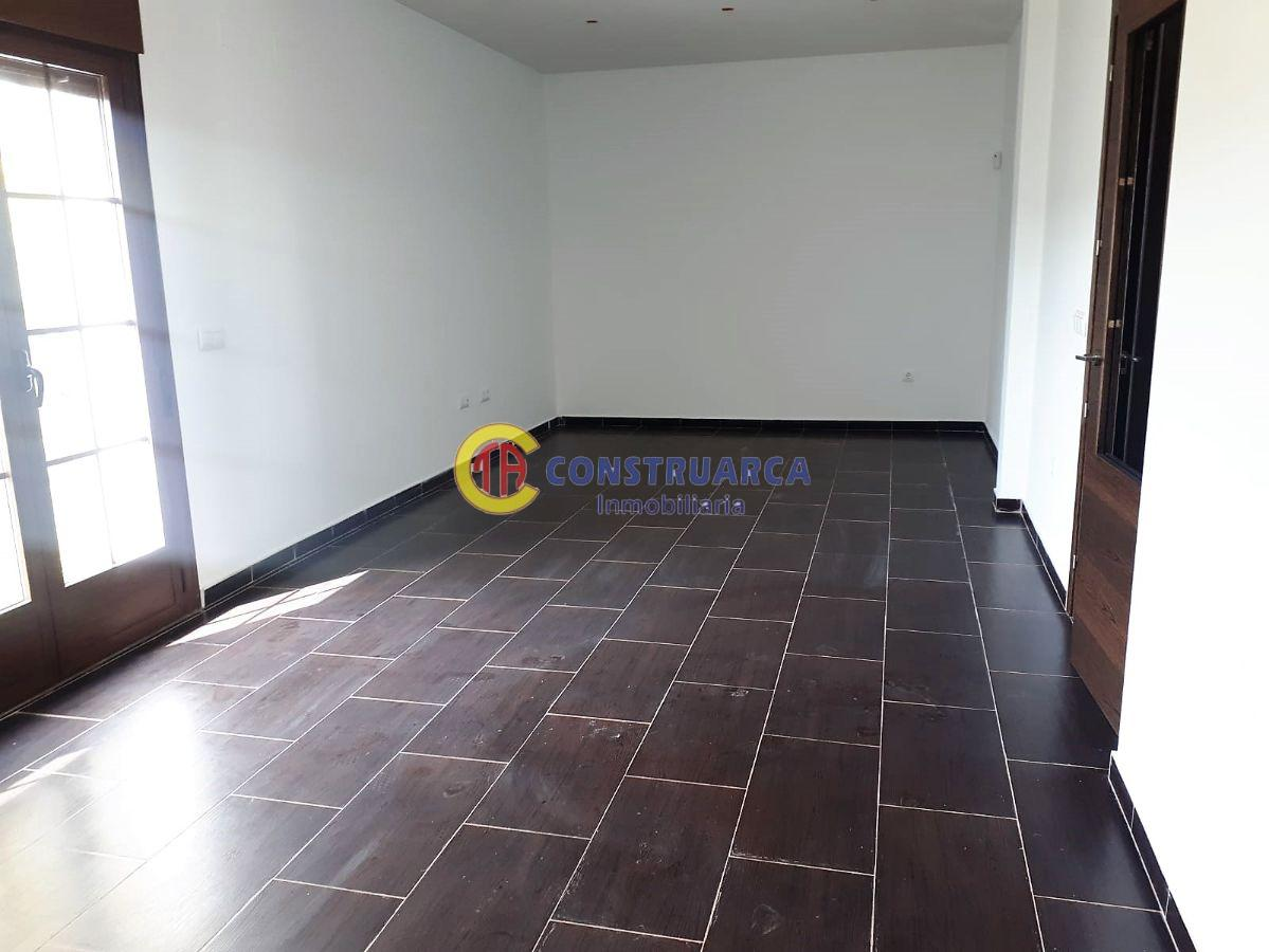 For sale of chalet in Lucillos