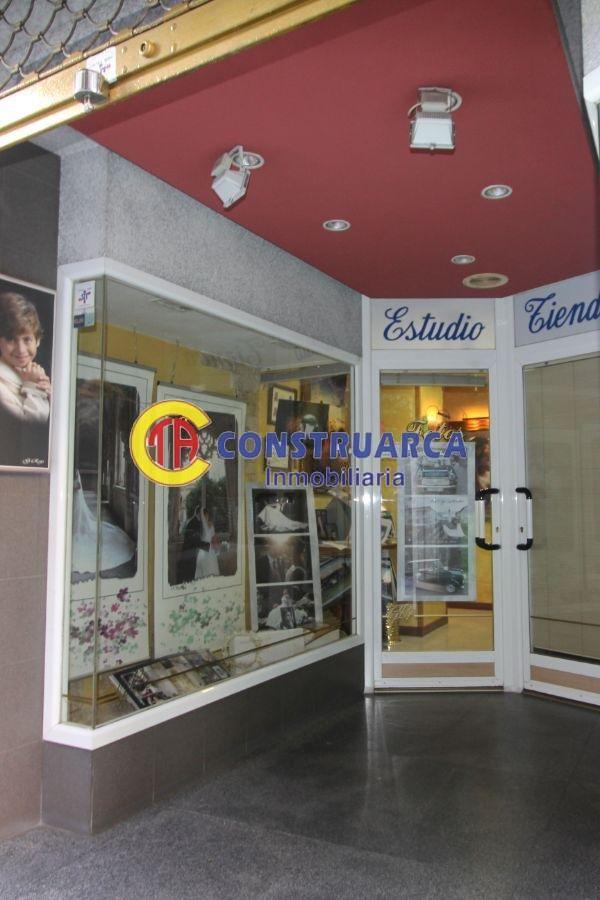 For sale of commercial in Talavera de la Reina