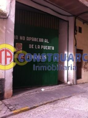 Venta de local comercial en Talavera de la Reina