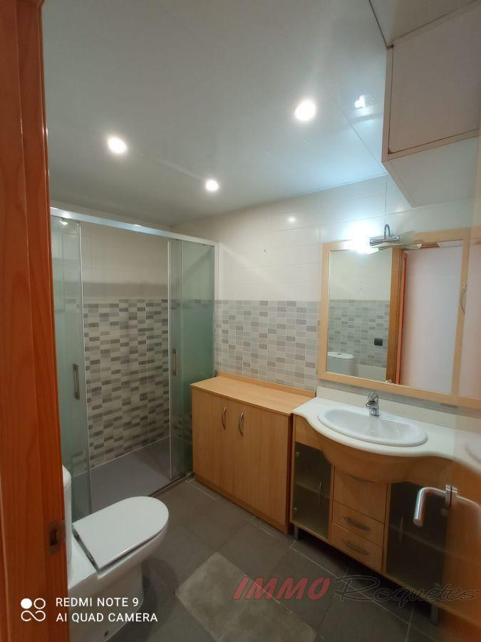 For sale of duplex in Les Roquetes