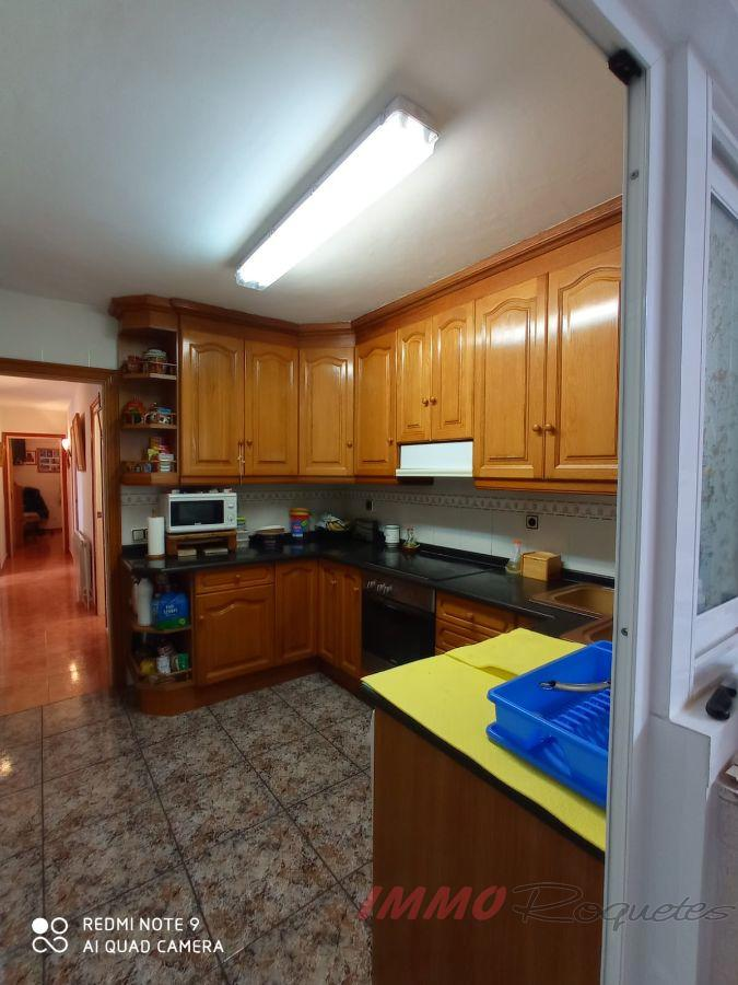 For sale of house in Les Roquetes