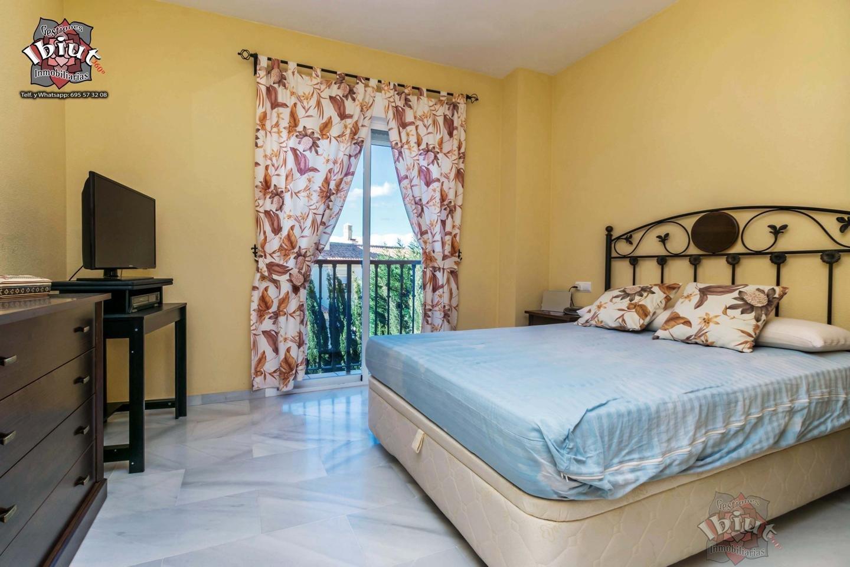 For sale of flat in Caleta de Vélez