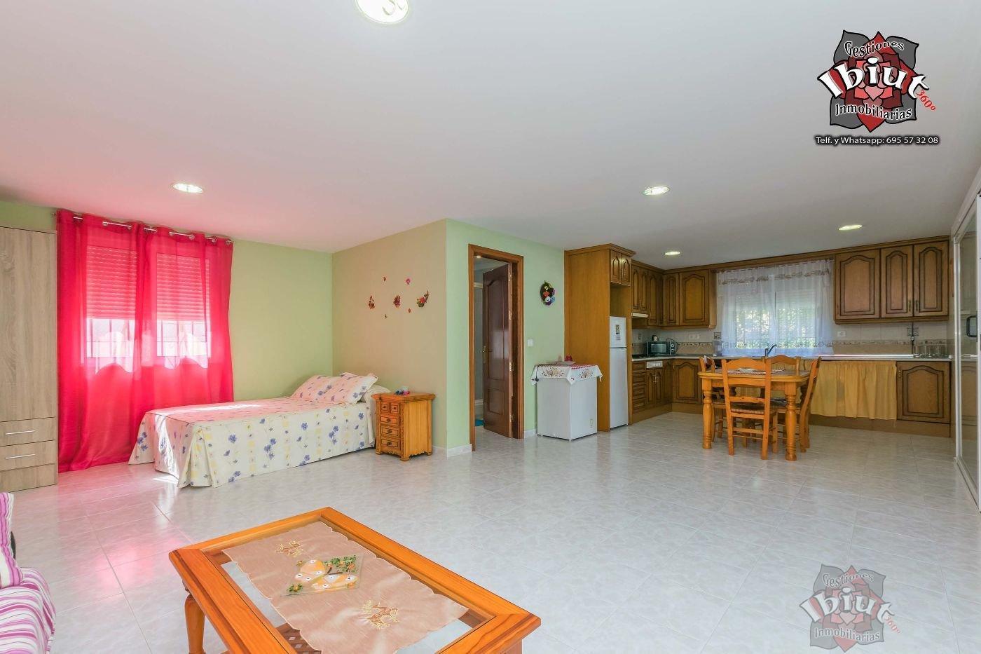 For rent of study in Almayate Costa