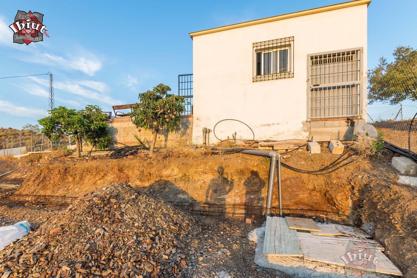For sale of rural property in Benajarafe