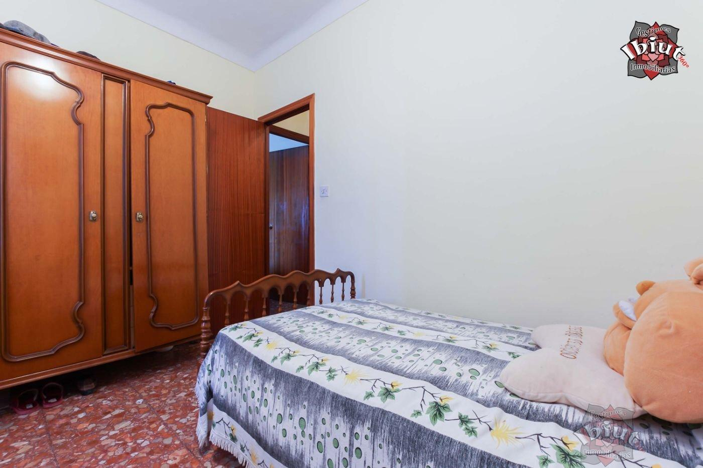 For sale of house in Úbeda