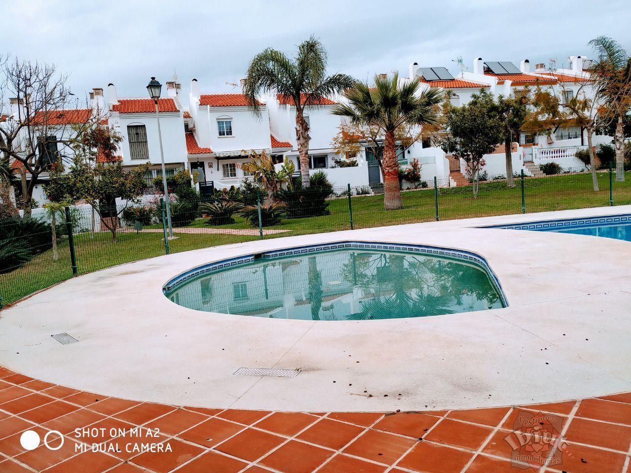 For rent of house in Caleta de Vélez