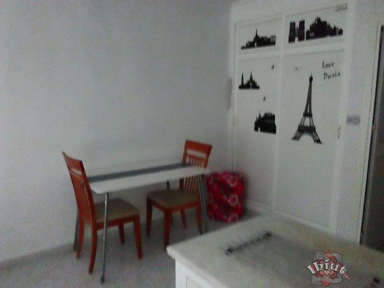 For rent of study in La Cala del Moral