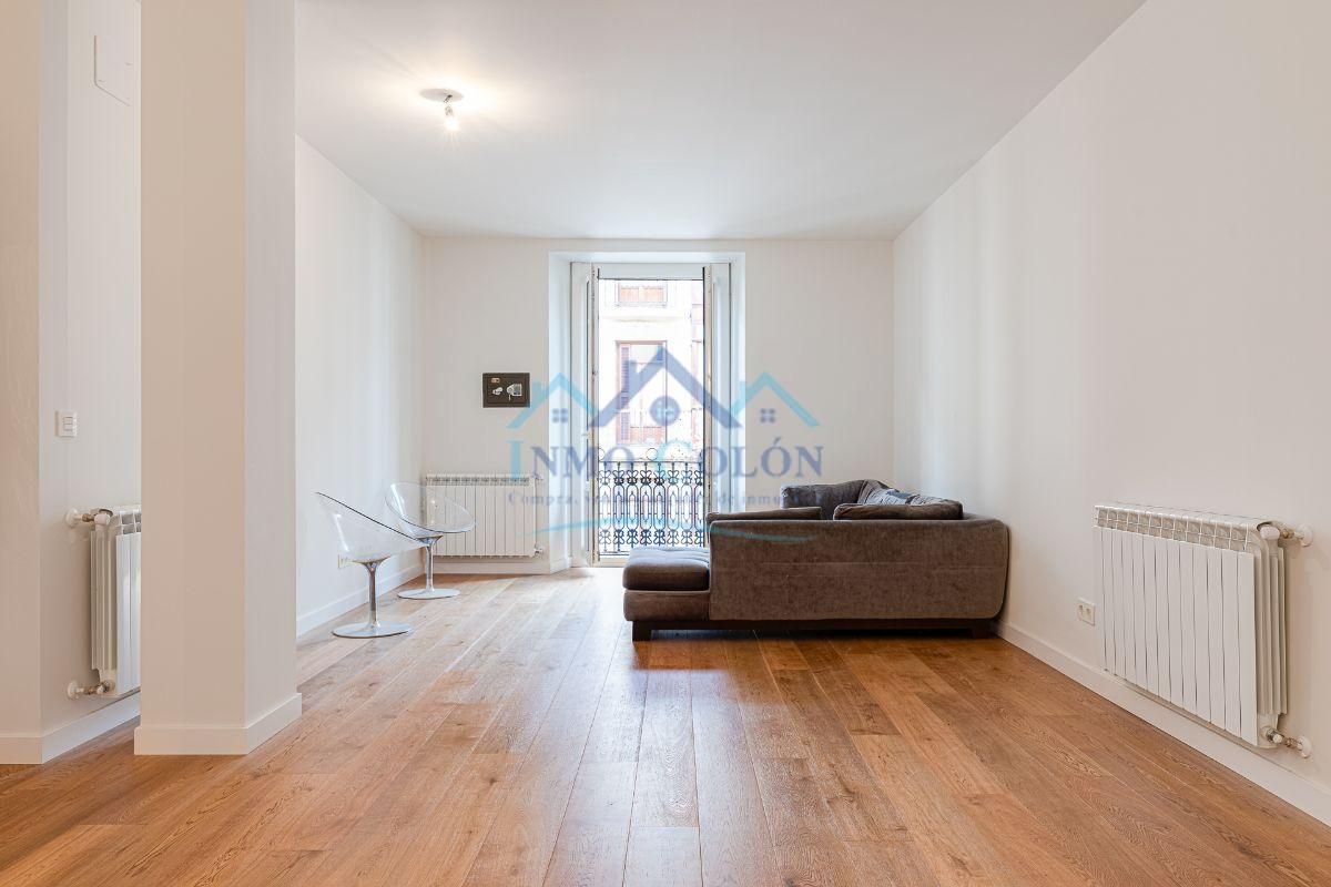 For sale of flat in Donostia-San Sebastián