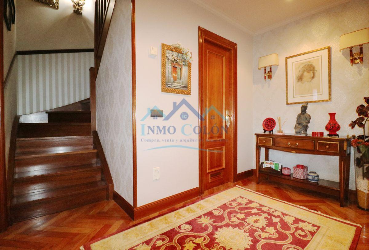 For sale of duplex in Irun