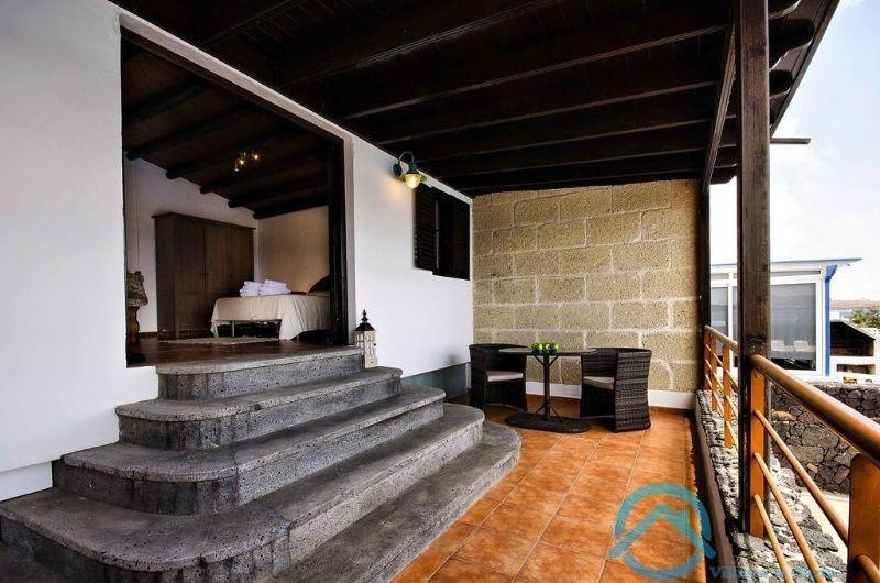 Zu verkaufen von villa in  Haría