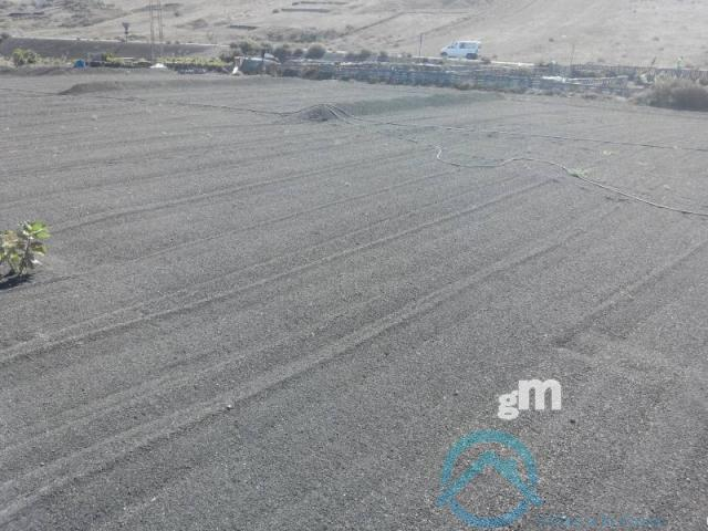 Vendita di terreno in Yaiza