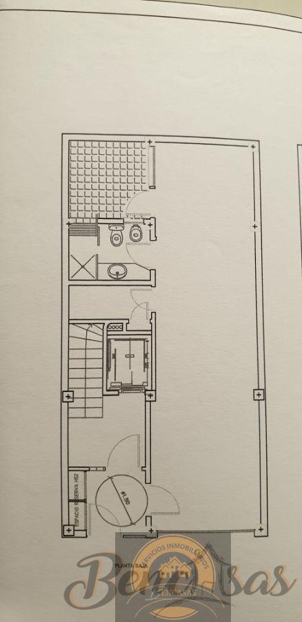 For sale of building in Alicante
