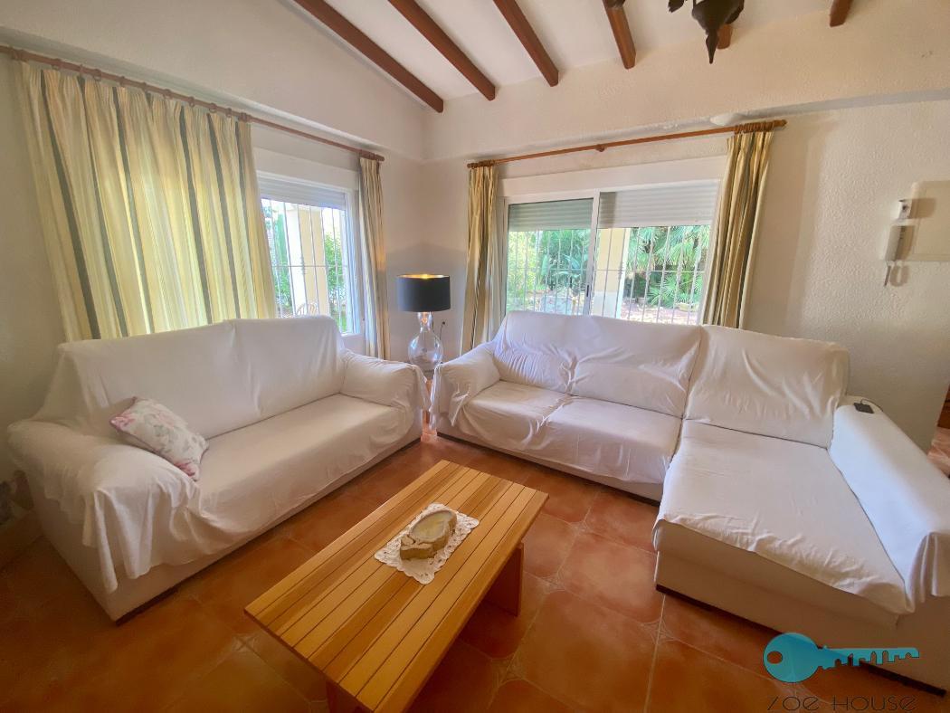 Verkoop van kleine villa  in Elche-Elx