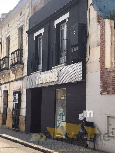 For sale of commercial in Don Benito