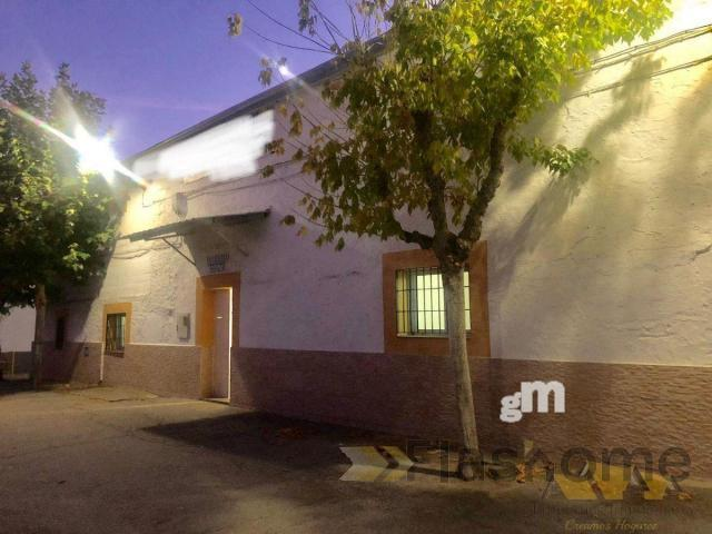 For rent of commercial in Cáceres