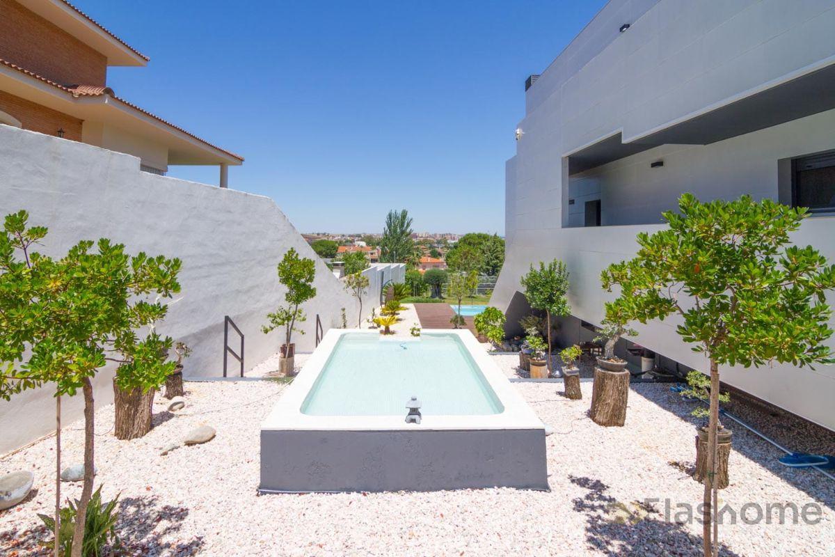 Venta de villa en Badajoz