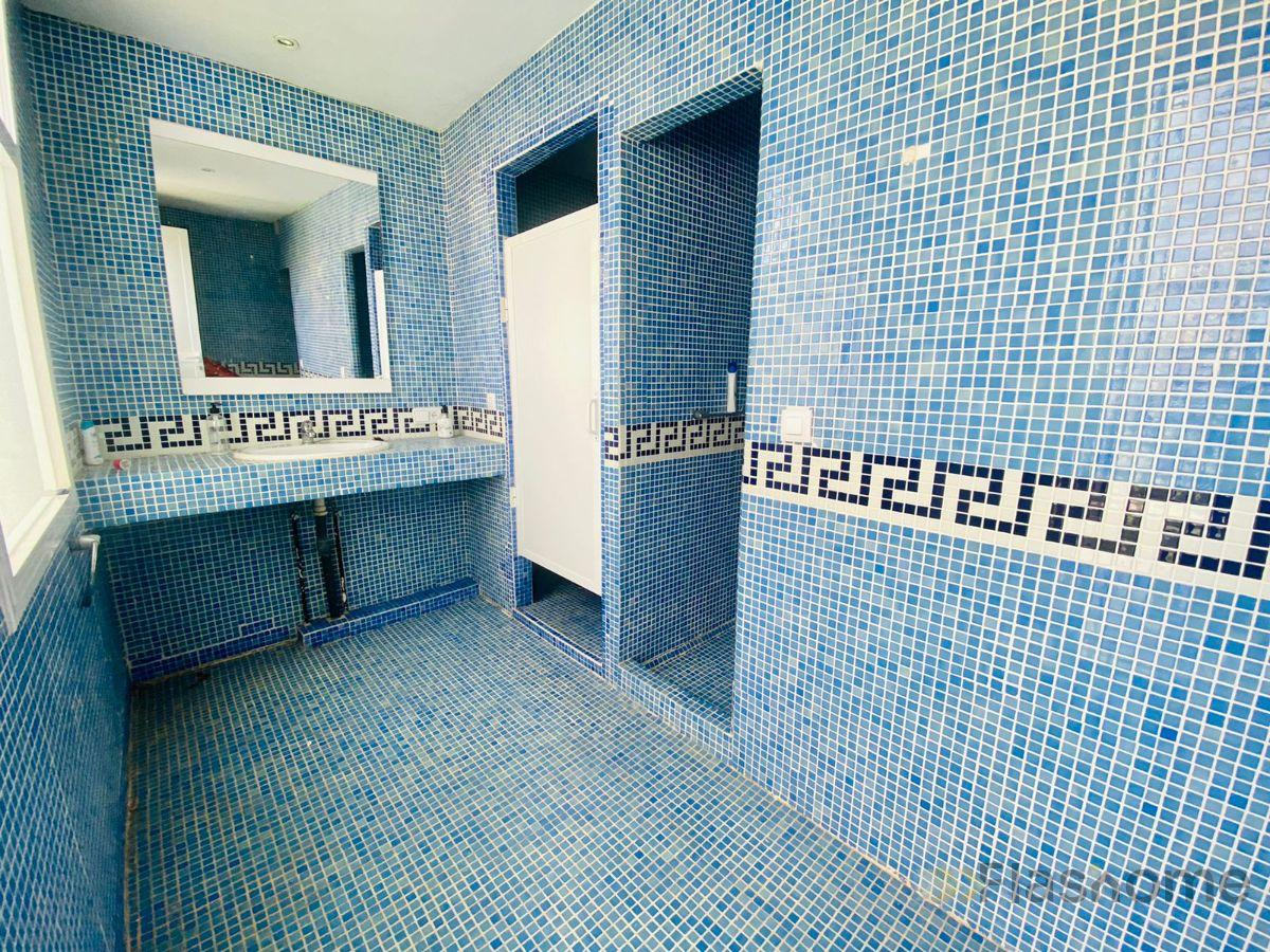 For sale of villa in Badajoz