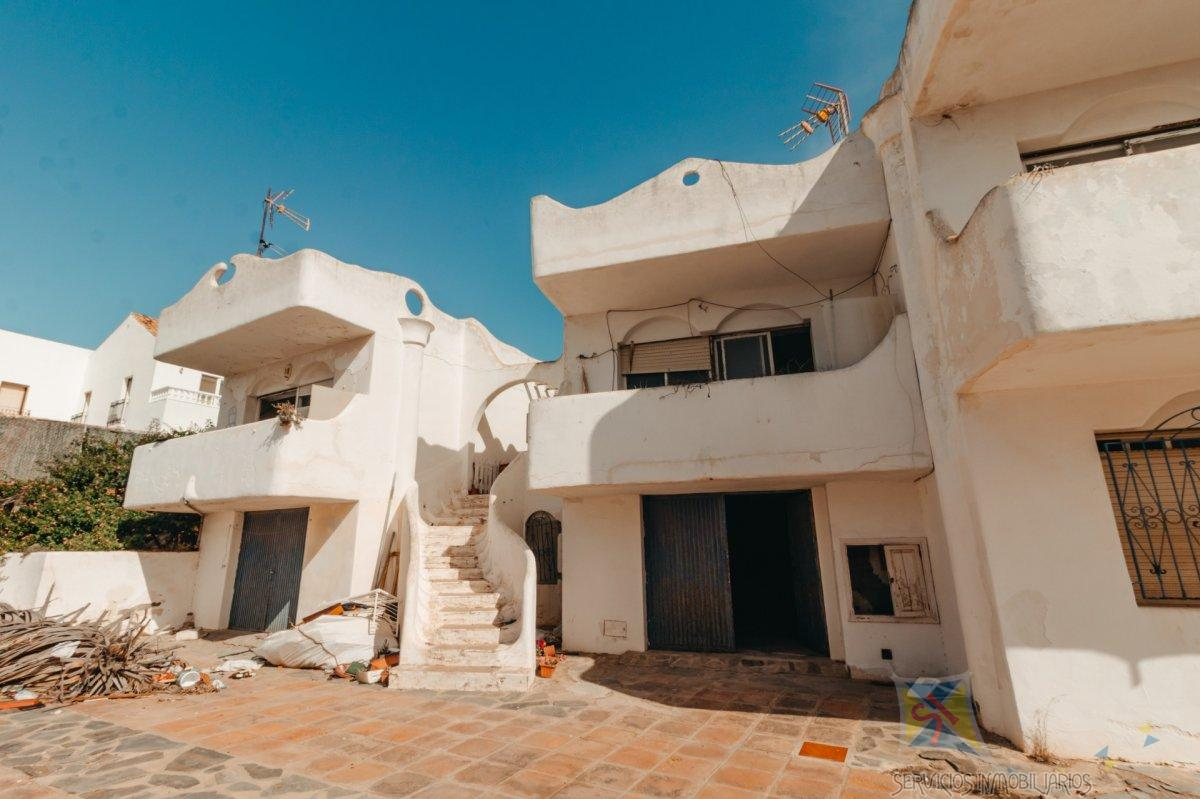For sale of chalet in El Ejido
